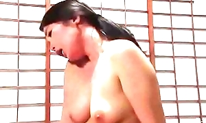 Japanse slet stiefmoeder (Zie meer: shortina.com/AttWl)