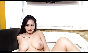 Hot Asian Cam-girl in all directions Big Tits Cam-show