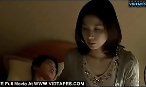 VIDTAPES.COM - Mama giving handjob to stepson