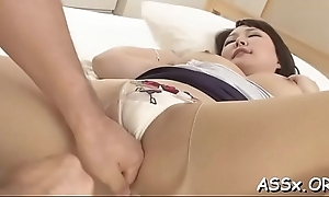 Bounded oriental gives up her anal prick be advantageous to coarse drilling