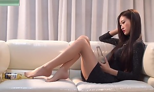 Low-spirited Chinese Teen In the matter of Long Legs Tease Nylon Feet