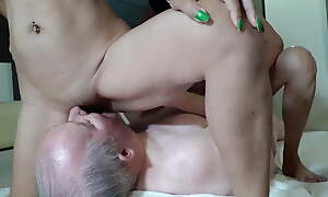 Squirt Crazy Girls - Eating Double Squirts Part 1