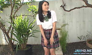 Japanese Schoolgirls in Short Skirts Vol 100