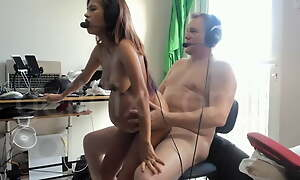 German expat fucking pregnant Thai milf