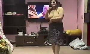 Pakistani girl – nude dancing at private party.